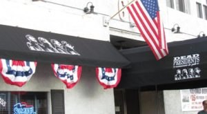 You'll Actually Enjoy The History Lessons Found At This Quirky Delaware Pub