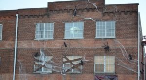 This 30,000 Square-Foot Haunted Warehouse In Indiana Is A Factory Of Fear