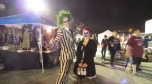 There's Nothing Like This Late-Night Haunted Flea Market In Illinois