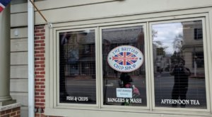 This British Themed Restaurant In New Jersey Makes The Most Amazing Bangers And Mash