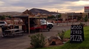 This Roadside Pizza Wagon In Utah Will Make Your Tastebuds Do A Victory Lap