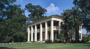 7 Remarkable Plantation Day Trips You Can Only Take In Alabama