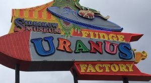 The Quirky Fudge Factory And General Store In Missouri That Will Make You Feel Like A Kid Again