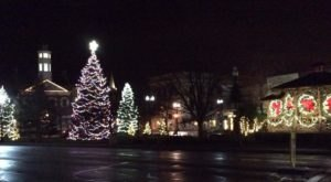 The Most Enchanting Christmastime Main Street In The Country Is Chagrin Falls In Ohio