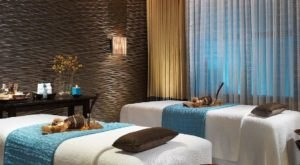 This Hotel Spa In Las Vegas Now Features Virtual Reality Massage Treatments