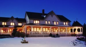 8 Timeless Vermont Inns That Are The Coziest Spots For A Winter Escape
