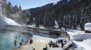 You Must Visit These 8 Awesome Places In Wyoming This Winter