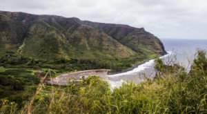 Visiting This Remote Hawaii Valley Will Make You Feel A Thousand Miles Away From It All