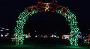 Take A Dreamy Ride Through The Largest Drive-Thru Light Show In New Jersey, The Skylands Stadium Christmas Light Show