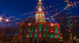 The Twinkliest Town In Nebraska Will Make Your Holiday Season Merry And Bright
