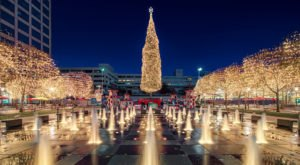 Christmas In These 10 Missouri Towns Looks Like Something From A Hallmark Movie
