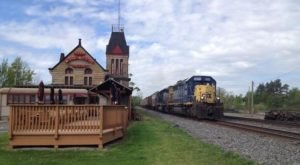 This Restaurant In Greater Cleveland Used To Be A Train Depot And You'll Want To Visit