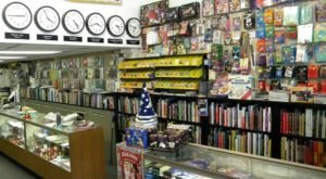 You Could Disappear For Days At The Midwest's Largest Magic Shop In Illinois