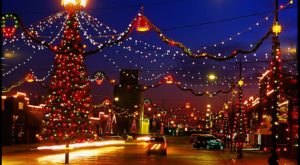 The One Christmastown In Kansas That's Simply A Must Visit This Season