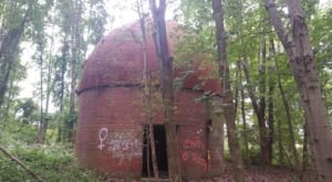 Most People Don't Know There Is An Abandoned Observatory Hiding In The Woods Of Indiana