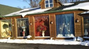 The Christmas Store In Illinois That's Simply Magical