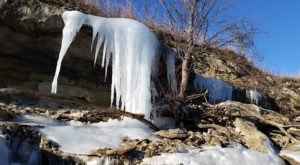 8 Parks In Kansas That Are Even More Magical In The Wintertime