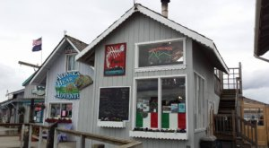The Little Hole-In-The-Wall Restaurant That Serves The Best Pizza In Alaska