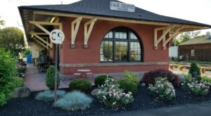 This Train Station Near Buffalo Is Actually A Restaurant And You Need To Visit
