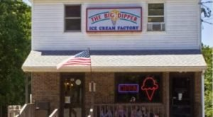 This Connecticut Ice Cream Parlor Has More Than 120 Flavors And You'll Want To Try Them All