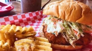 The Chicken Sandwich At This Pittsburgh Restaurant Will Make Your Taste Buds Explode