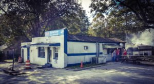 This Tiny Shop In North Carolina Serves BBQ To Die For