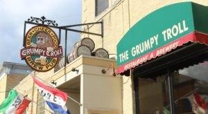 The Soft Pretzels At Wisconsin's Grumpy Troll Brew Pub Weigh More Than A Pound