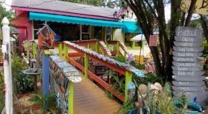 You'll Have Loads Of Fun At This Colorful Taco Shack In The U.S.