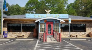 This Whimsical Roadside Restaurant In North Carolina Is Unexpectedly Awesome