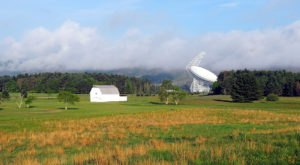 The World's Largest Steerable Telescope Is Right Here In West Virginia And You'll Want To Plan Your Visit
