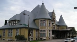 There's Only One Remaining Train Station Like This In All Of Minnesota And It's Magnificent