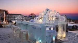 This Beautiful Bar In Maine Is Made Of Over 20,000 Pounds Of Crystal Clear Ice