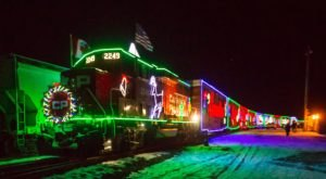There's A Festive Holiday Train Coming To Minnesota And You Won't Want To Miss It