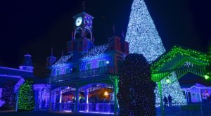 The One Connecticut Attraction That Transforms Into A Christmas Wonderland Each Year