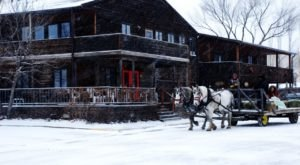 8 Winter Attractions For The Family In North Dakota That Don't Involve Long Lines At The Mall