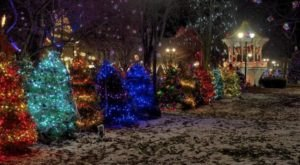 Christmas In These 10 Ohio Towns Looks Like Something From A Hallmark Movie