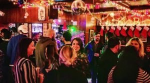 Get Into The Spirit Of The Season At This Christmas-Themed Bar In Connecticut