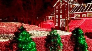 One Of The Country's Biggest And Brightest Christmas Lights Displays Is Right Here In Ohio
