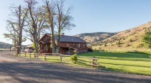 Stay The Night On A Working Ranch When You Visit This One-Of-A-Kind Retreat In Oregon