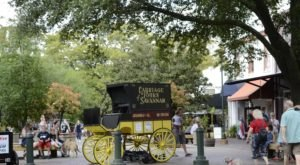 The Festive Carriage Ride In This Georgia City Is A Holiday Tradition To Experience
