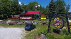The Kid In You Will Adore Eating At This Train-Themed Restaurant In Vermont