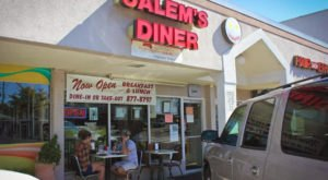 The Food Served At This Greasy Spoon Diner In Alabama Is Sure To Send Your Tastebuds Into Overdrive