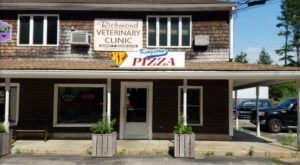 This Rhode Island Pizza Joint In The Middle Of Nowhere Is One Of The Best In The U.S.