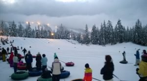 Washington Is Home To The Country's Most Underrated Snow Tubing Park And You'll Want To Visit