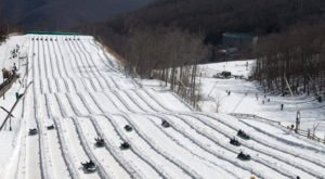 The Country's Best Snow Tubing Park In Virginia Is Wintergreen Resort And It's A Blast To Visit