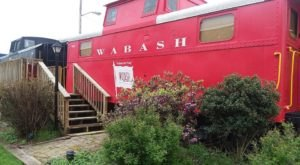 The Rooms At This Railroad-Themed Bed & Breakfast Near Pittsburgh Are Actual Box Cars