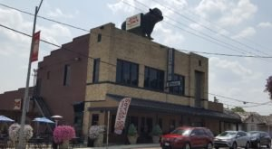 This Tasty Missouri Restaurant Is Home To The Biggest Steak We've Ever Seen