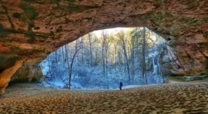 Hike To This Sandy Cave In Kentucky For An Out-Of-This-World Experience