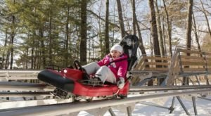 10 Winter Attractions For The Family In New Hampshire That Don't Involve Long Lines At The Mall