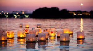 The Water Lantern Festival In Austin That's A Night Of Pure Magic